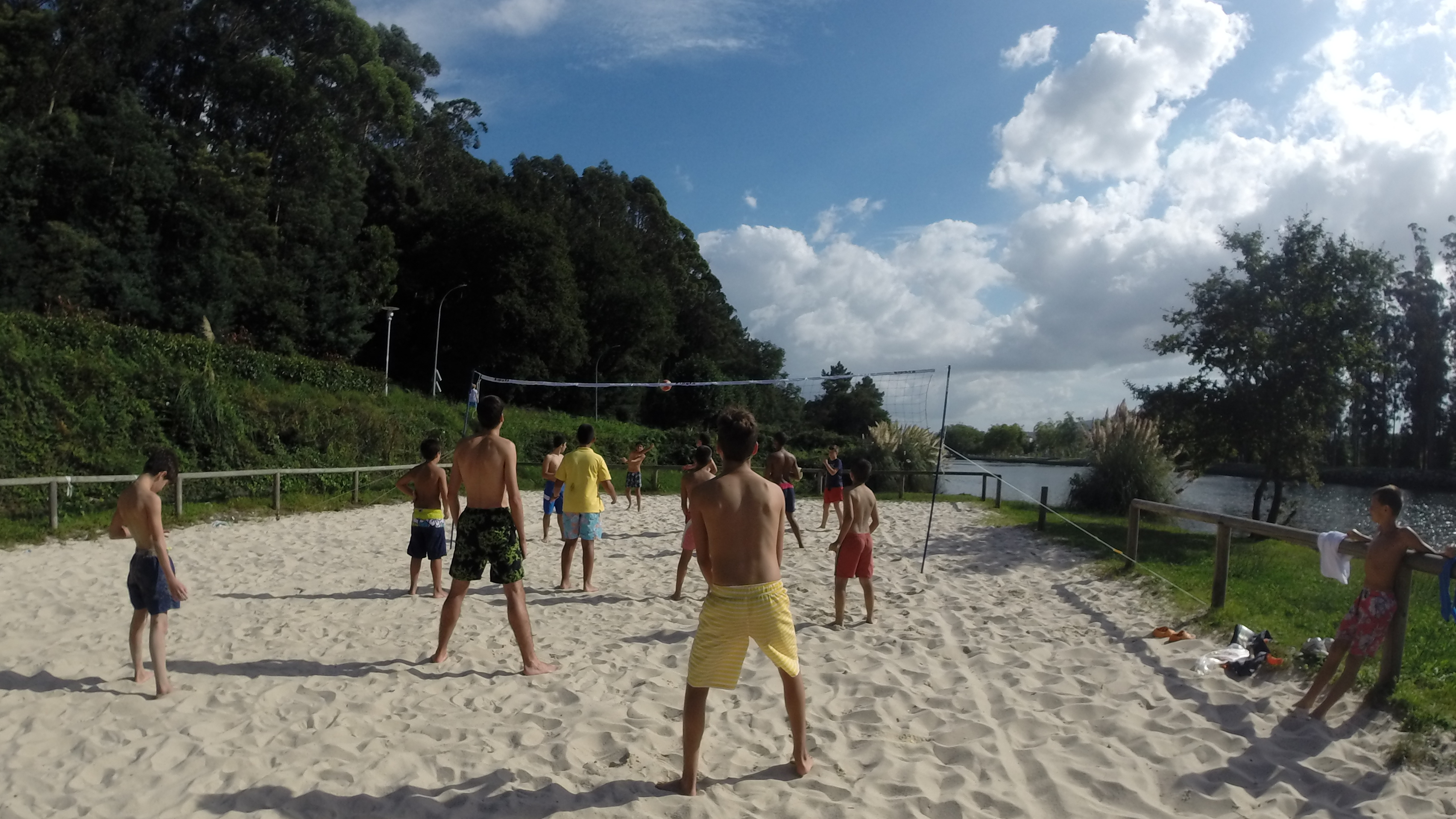 En el Lérez: Volley y Kayaks